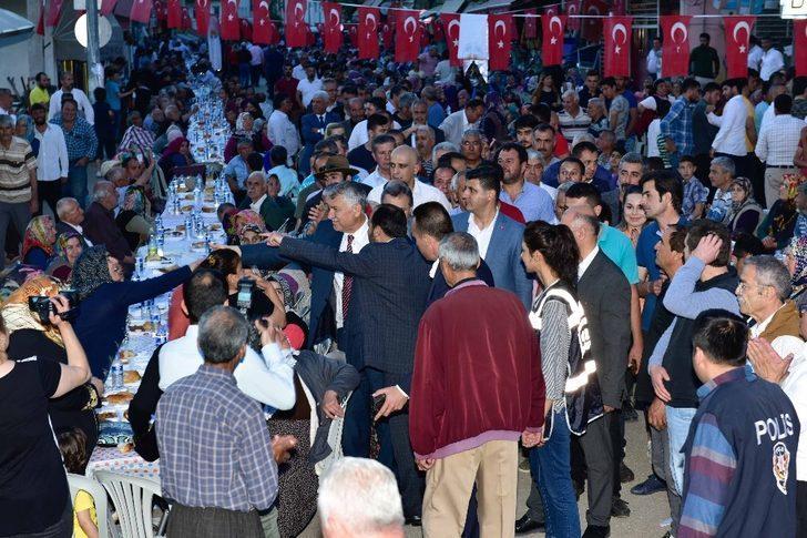 Aladağ'da 3 bin kişiye iftar