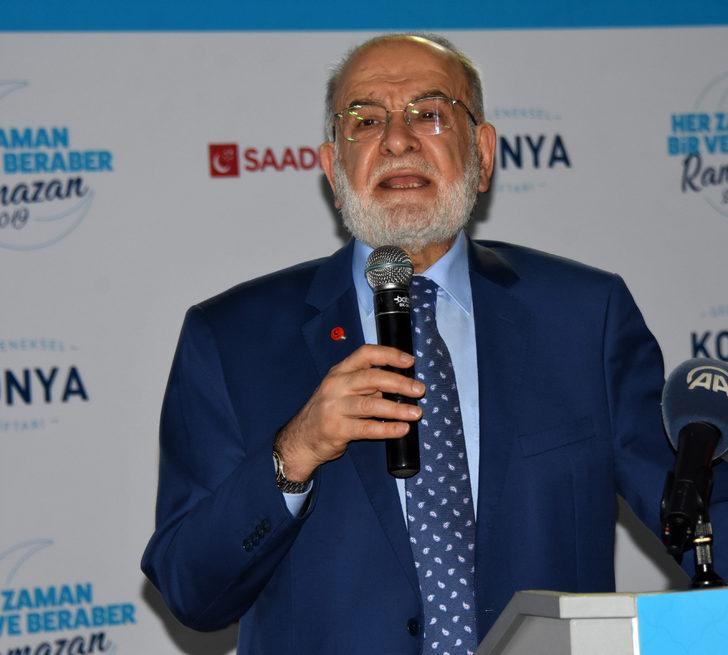Karamollaoğlu: Siyaset, ülkenin problemlerini belirleyip, o problemlere çözüm üretme makamıdır