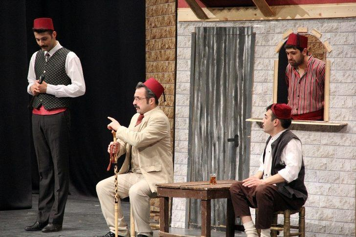 """Sahne Tozu Tiyatrosu """"Kanlı Nigar"""" ile sezonu kapatıyor"""