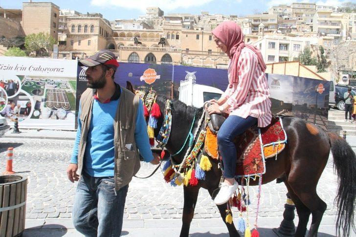 Mardin'de atlı turizm