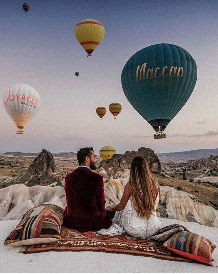 Yeni evli çift balayı için 1 yıl boyunca 33 ülke gezdi! İşte fotoğraflar
