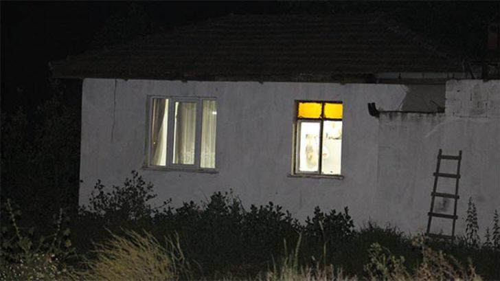 Vahşet evi! 2 yaşındaki bebek ve annesini pompalı tüfekle vurdu!