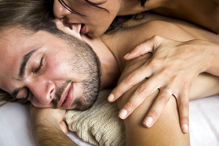 seks-lizhet-kisku-smotret-video-beskonechniy-seks-smotret-onlayn