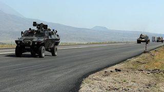 Jandarma aracı kaza yaptı: 4 asker yaralı!