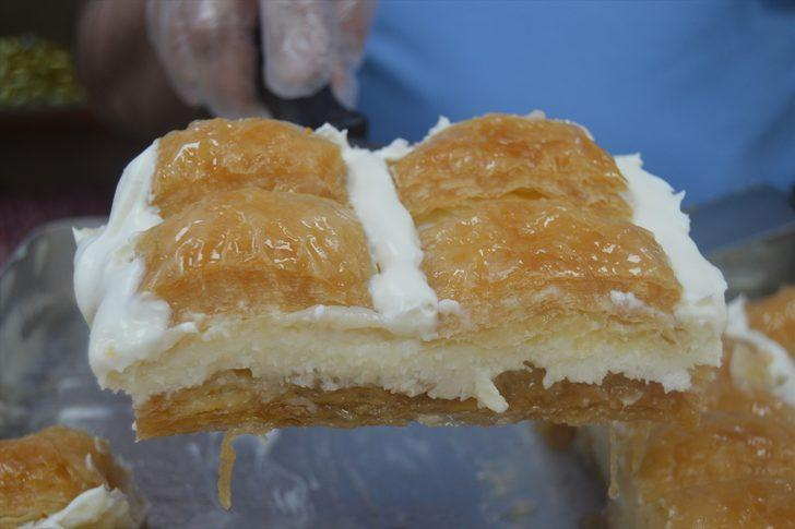 Afyon kaymağından yapılan tatlılara sipariş yağıyor