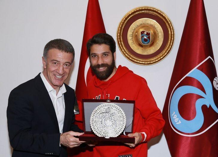 Trabzonspor'da Olcay Şahan ve Ibanez'e veda plaketi