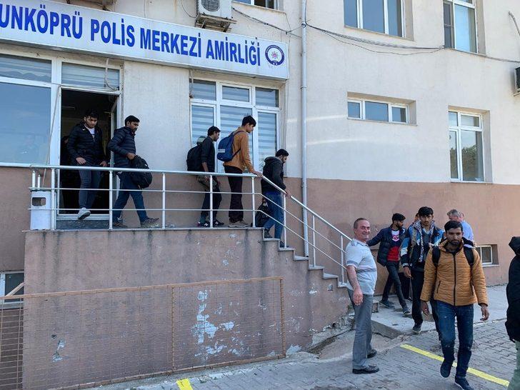 Edirne'de 40 kaçak göçmen yakalandı