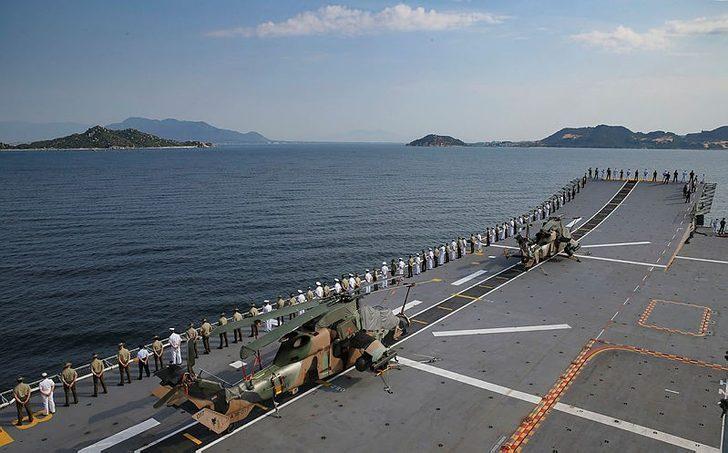 Avustralya helikopterlerine Güney Çin Denizi'nde lazerli saldırı