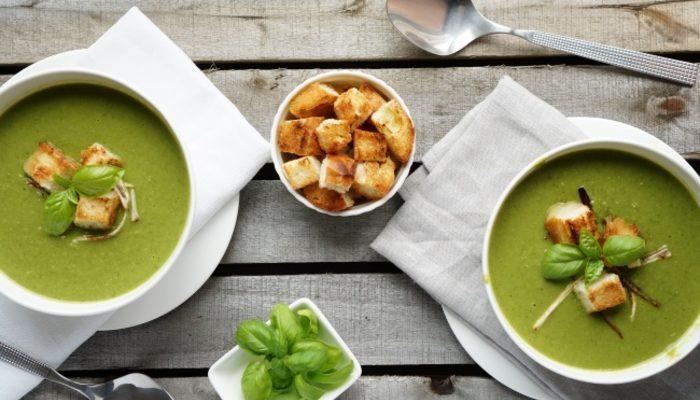 Kendinize Hazırlayabileceğiniz 10 Lezzetli Çorba