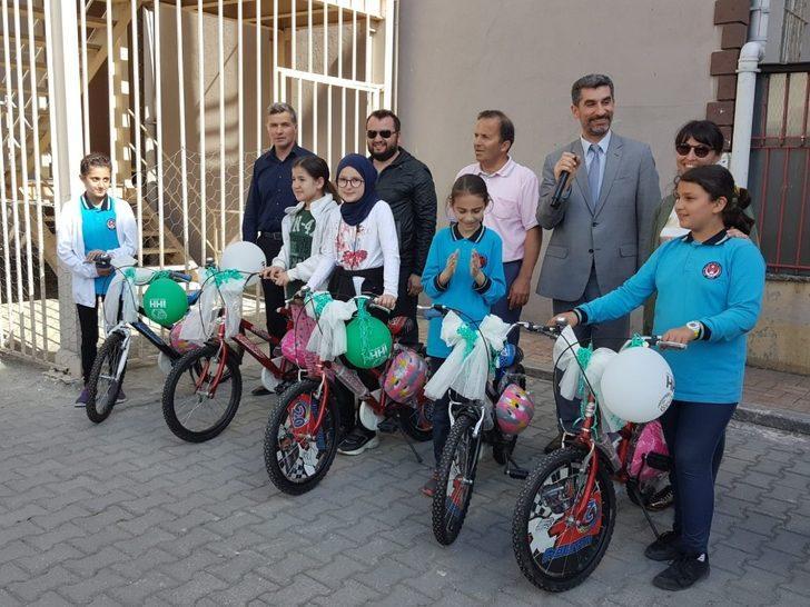 Sinop'ta 7'ler Kitap Okuma Yarışması