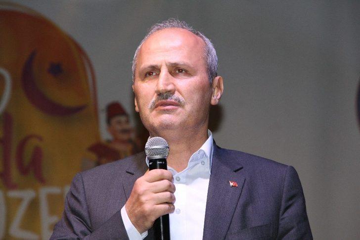 """Bakan Turhan: """"Bu coğrafyada büyük devlet olmanın bedeli var"""""""