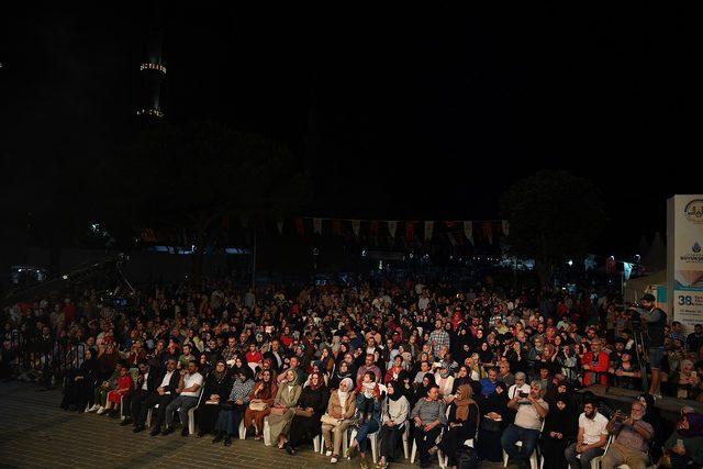 """İBB Ramazan'ın coşkusunu """"ezgi gecesi"""" ile taçlandırdı"""