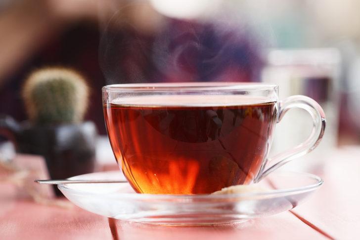 Yaz aylarında neden çay tüketimini sınırlandırmalısınız?