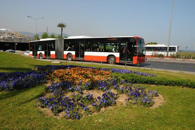 İzmir'de bayramda toplu taşıma ücretsiz