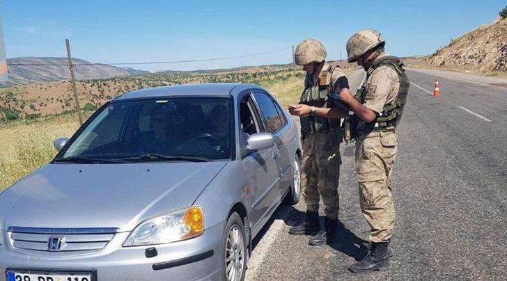 Siirt'te jandarmadan huzur, güven, trafik ve arefe uygulaması