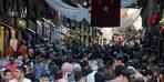 Bursa'da Tarihi Hanlar Bölgesi'nde bayram hareketliliği