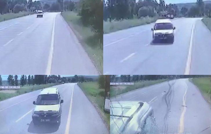 Hafif ticari araç, işçi otobüsüne çarptı: 1 ölü, 2 yaralı
