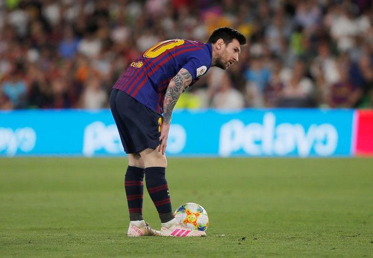 Lionel Messi'nin golü, Şampiyonlar Ligi'nde yılın en iyisi seçildi