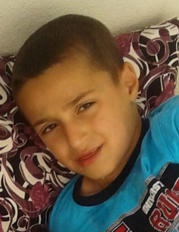 Motosikletin çarptığı çocuk öldü, mahalleli isyan etti