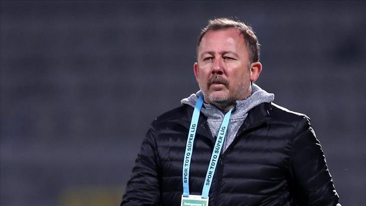 Malatyaspor'un hesabını hackleyip Sergen Yalçın'ı Beşiktaş'a gönderdiler