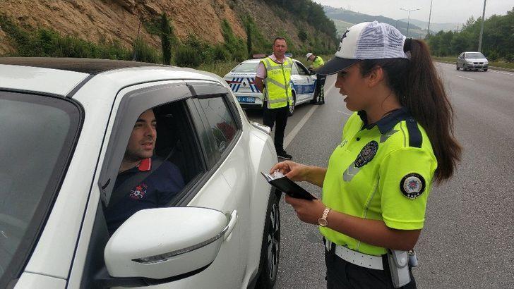 Trafik ekipleri kazaların önüne geçmek için denetimlerini arttırdı