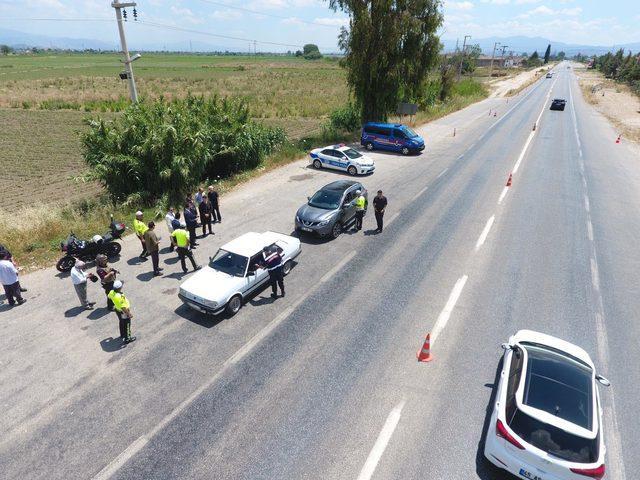 İzmir'de, karadan ve havadan trafik denetimi