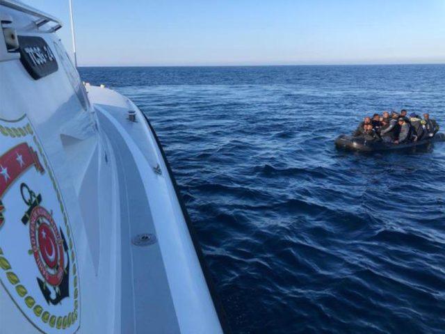 Seferihisar ve Çeşme'de 75 kaçak göçmen yakalandı