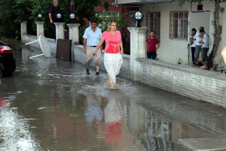Ankara'yı 'sağanak' vurdu!