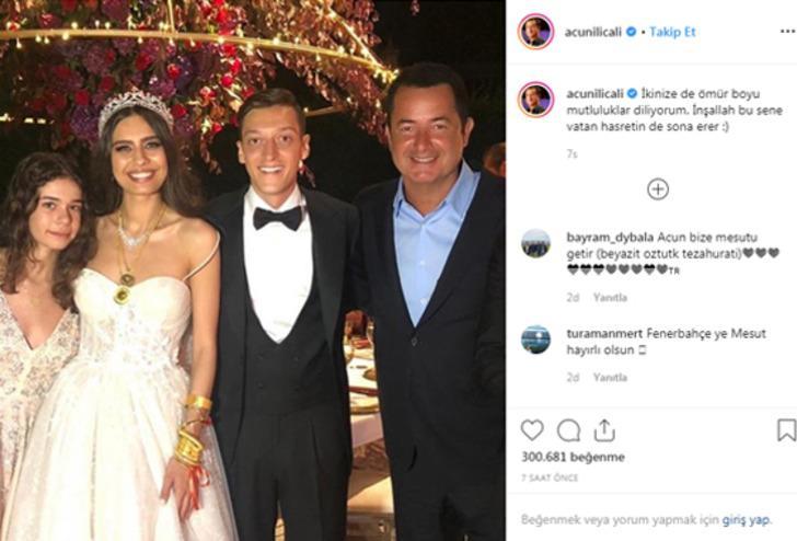 Mesut Özil ve Amine Gülşe, nikahtan sonra Cumhurbaşkanı Recep Tayyip Erdoğan, eşi Emine Erdoğan ve aileleri ile birlikte poz verdi.