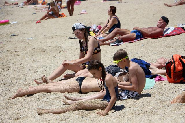 Bayram bitti plajlar turistlere kaldı