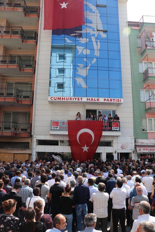 Yaşamını yitiren CHP Milletvekili Arslan için Denizli'de tören