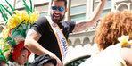 Ricky Martin LGBTİ yürüşünde