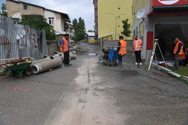 Muş Belediyesi altyapı çalışmalarına start verdi