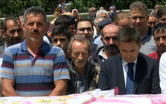 Ankara'da sele kapılarak ölen kadın toprağa verildi