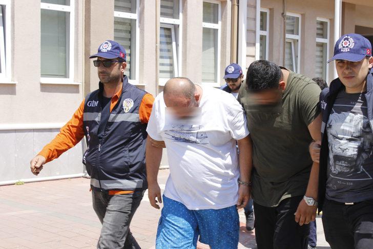 Çanakkale'de 50 kaçak ve 5 organizatör yakalandı