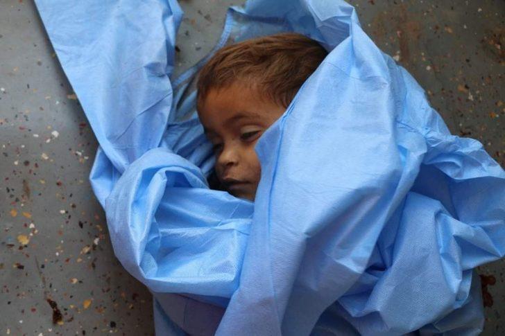 Suriye'de rejim uçakları 23 sivili öldürdü