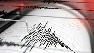 7,4 büyüklüğünde depremle sallandılar!