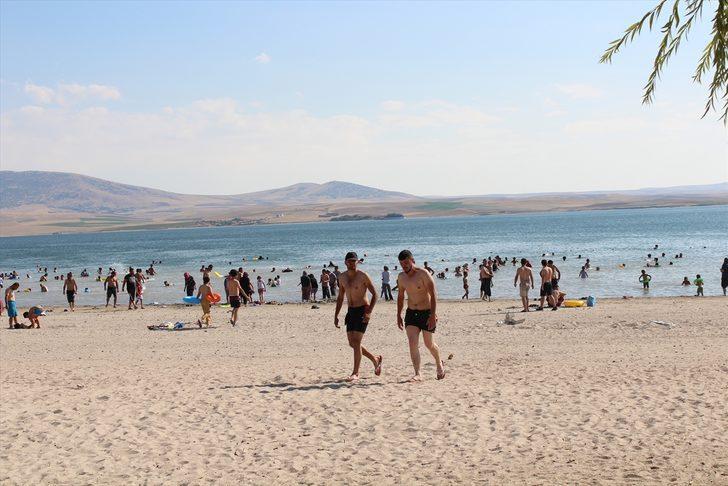 'Bozkırın plajı' güney sahillerini aratmıyor