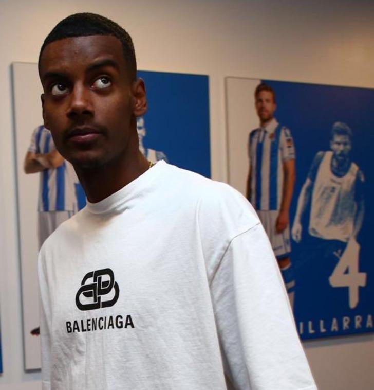 Real Sociedad, Alexander Isak'ı kadrosuna kattı