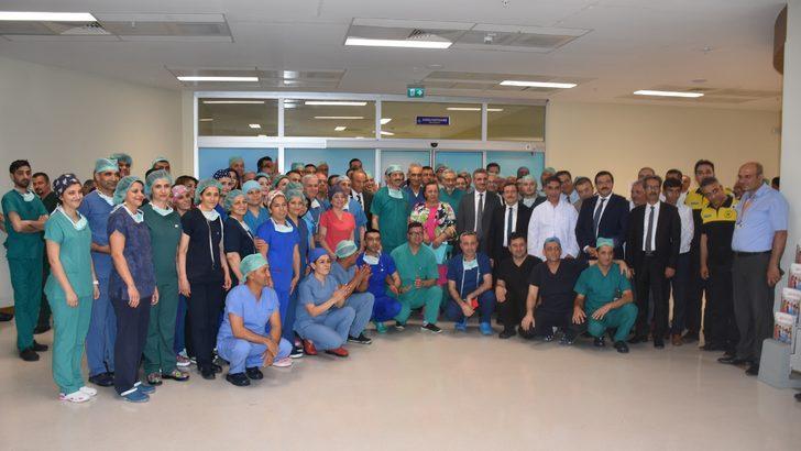 Malatya'da, 5 hastaya eş zamanlı karaciğer nakli operasyonu başarıyla tamamlandı (3)