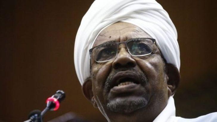 Sudan'ın devrik lideri Ömer El Beşir'e yolsuzluk suçlaması
