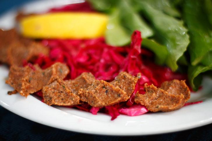 Milli yiyeceğimiz çiğ köfte faydalarıyla şaşırtıyor