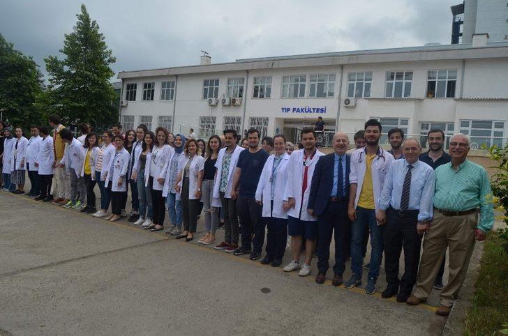 KTÜ Tıp Fakültesi'nde sigaranın zararlarına dikkat çektiler