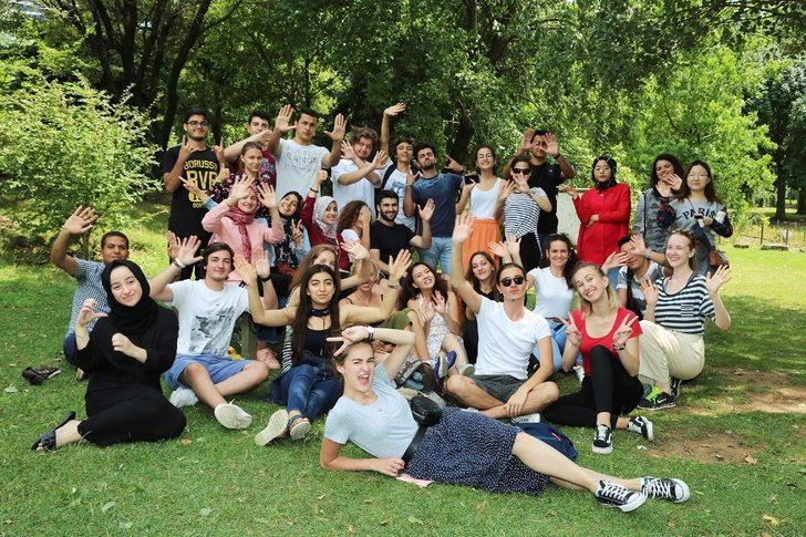 Ataşehir Belediyesi ve AIESEC'in hazırladığı yaz okulu için kayıtlar başlıyor