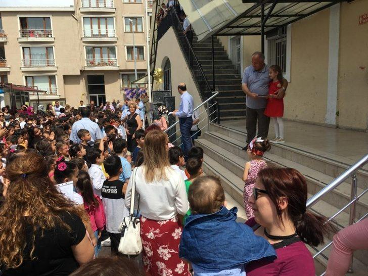 Sinop'ta 35 bin 388 öğrencinin karne heyecanı
