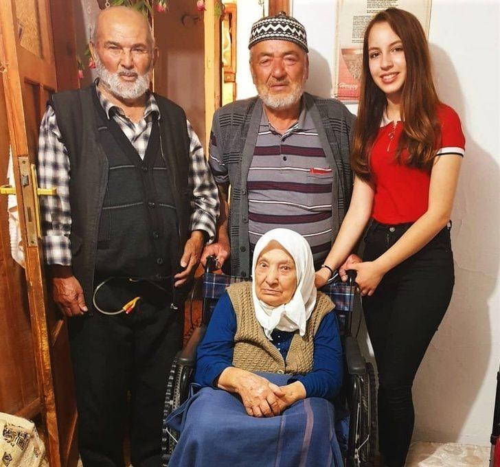 Mavi kapaklar 79 yaşındaki Nazlı teyzenin umudu oldu