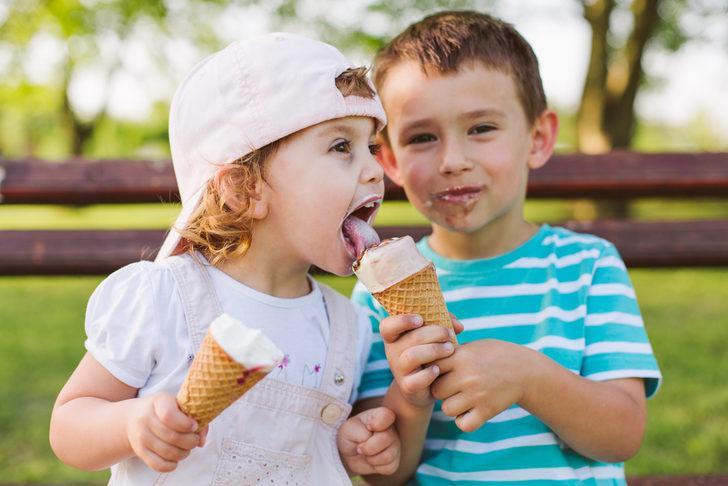 Yaz tatilinde obeziteye dikkat! Çocuk beslenmesi nasıl olmalı?