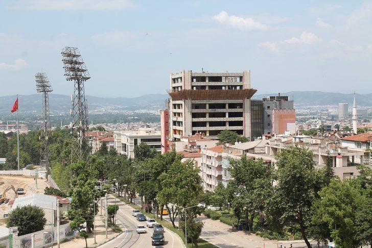 'Tower Plaza'nın yıkımı durduruldu