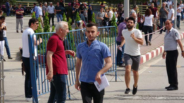 Karabük'te öğrenciler YKS'ye girebilmek için koştu