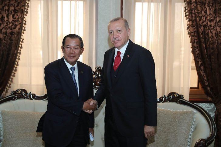 Cumhurbaşkanı Erdoğan, Afganistan ve Kamboçyalı liderlerle görüştü